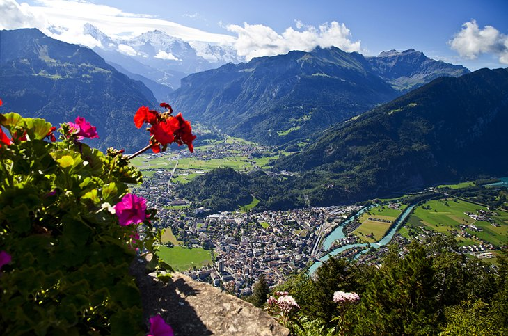 Things to see in Interlaken, where to go in interlaken